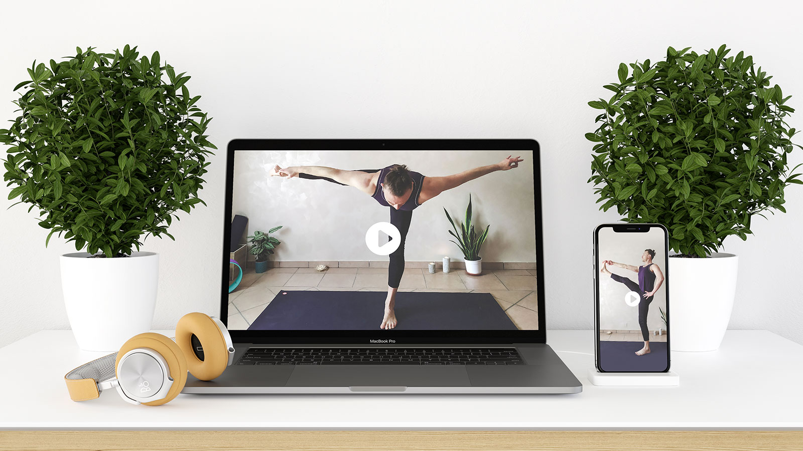 Iscriviti al corso yoga online